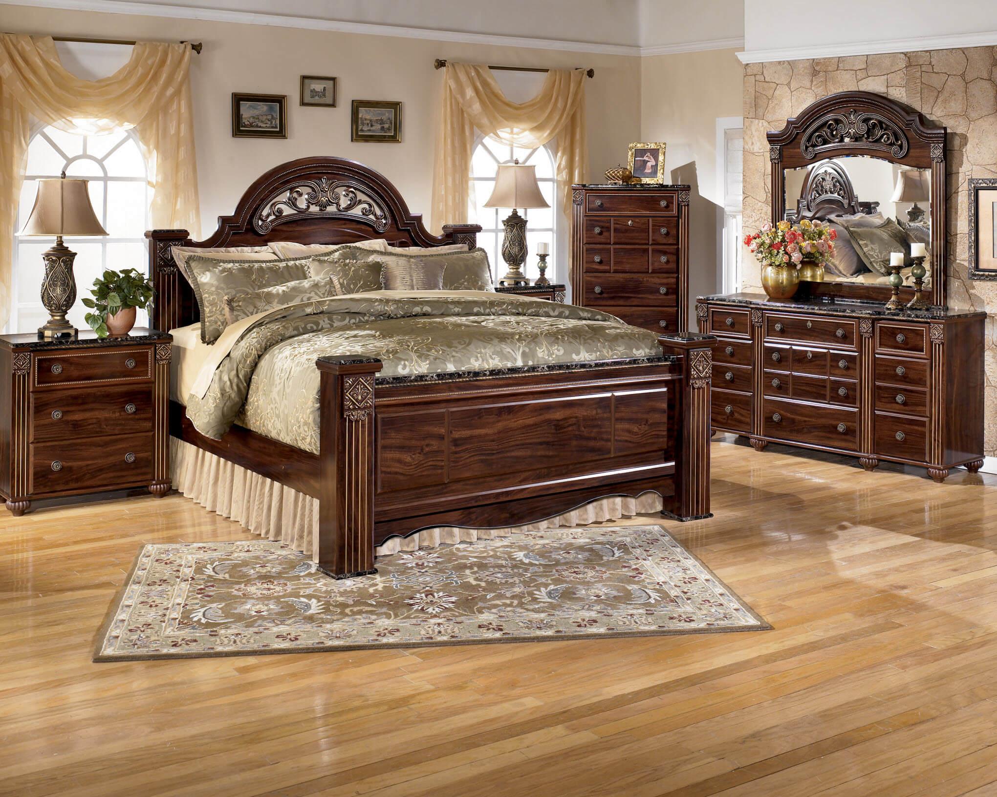 B347 Ashley Gabriela Bedroom Set
