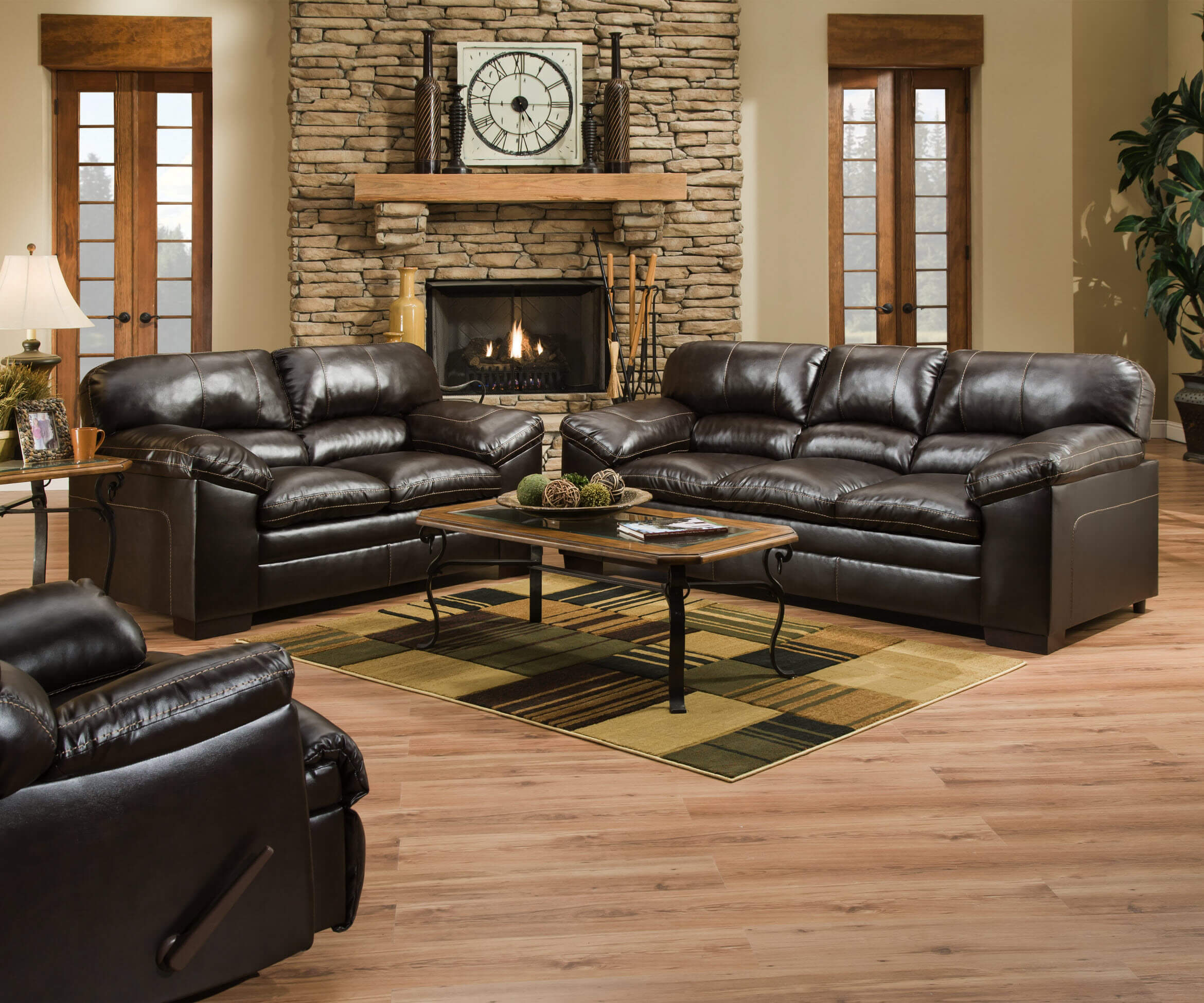 Bonded Leather Vs Faux Leather >> Bonded Leather vs. Genuine Leather | Urban Furniture Outlet