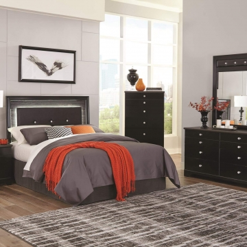 Kaylynn Bedroom Set